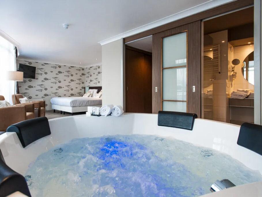 Van der Valk Almelo Whirlpool Suite