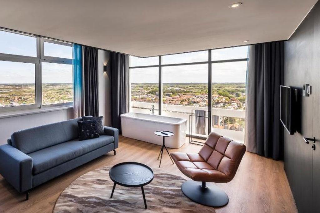 Palace Hotel Zandvoort Bubbelbad Loft met uitzicht op het strand