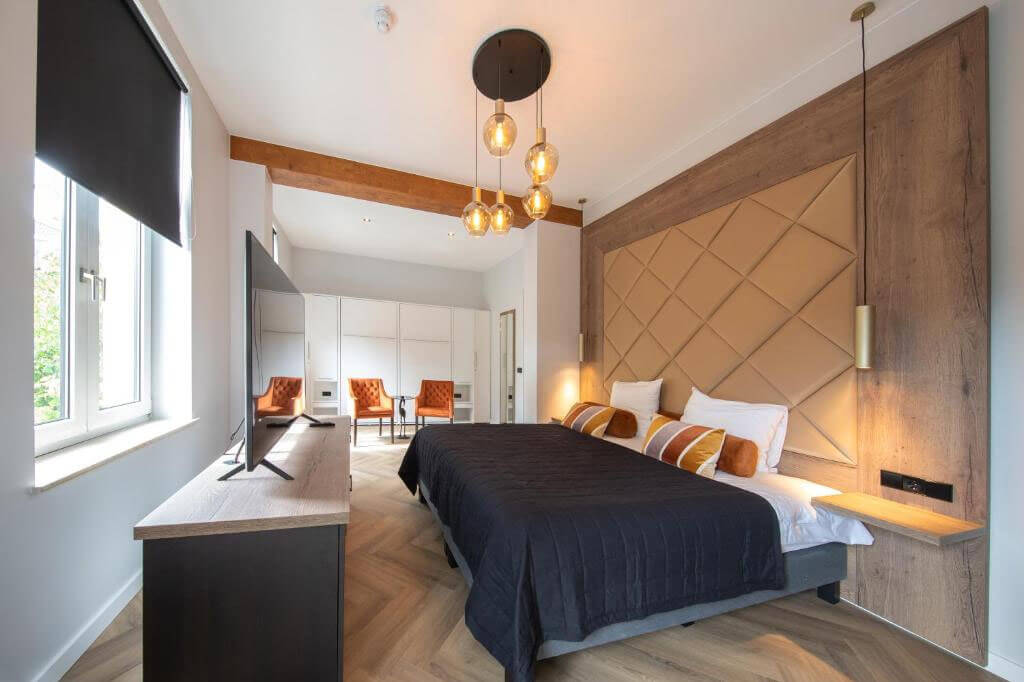Boutique-Hotel-Scheepers-Valkenburg-kingsize-bed