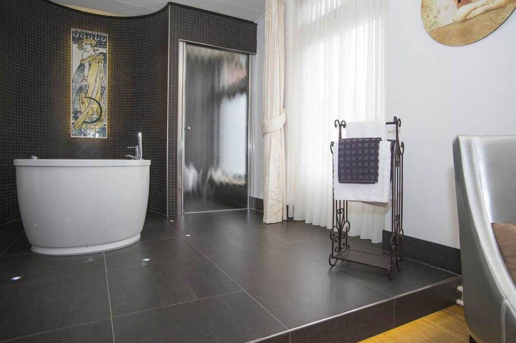 Hotel-Wymerts-Workum-Romantische-suite-4