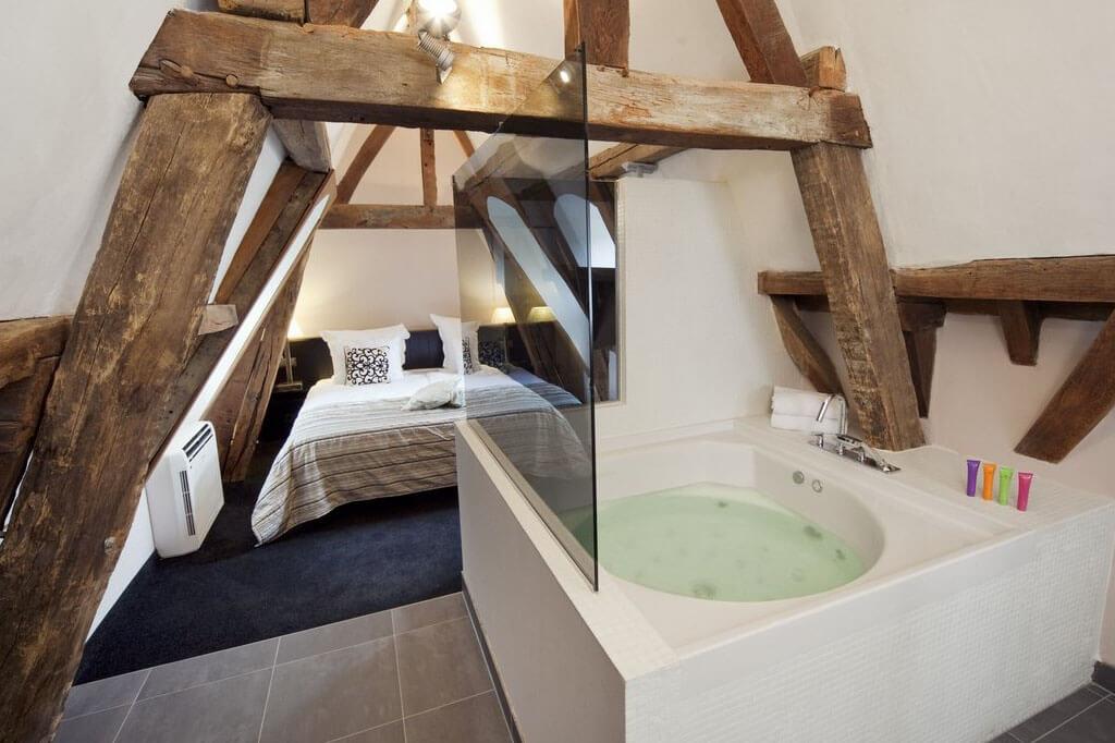 bilderberg-chateau-holtmuhle-tegelen-jacuzzi-suite