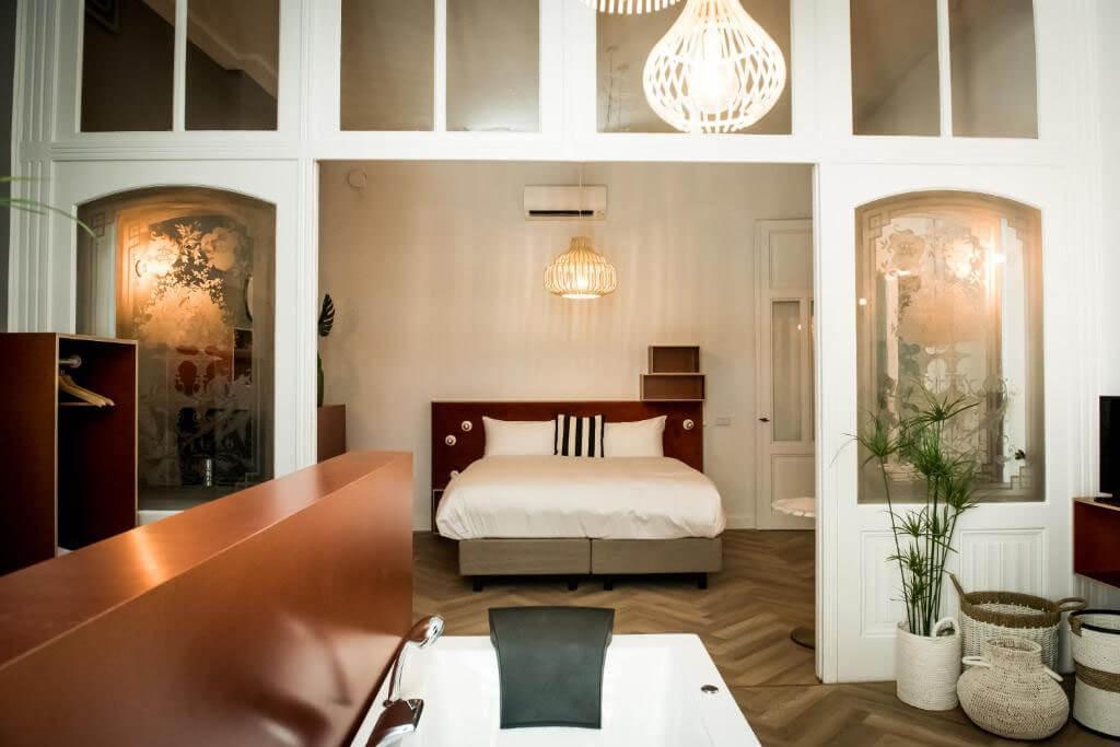 fitz-roy-urban-hotel-presidentiele-suite-met-jacuzzi-2
