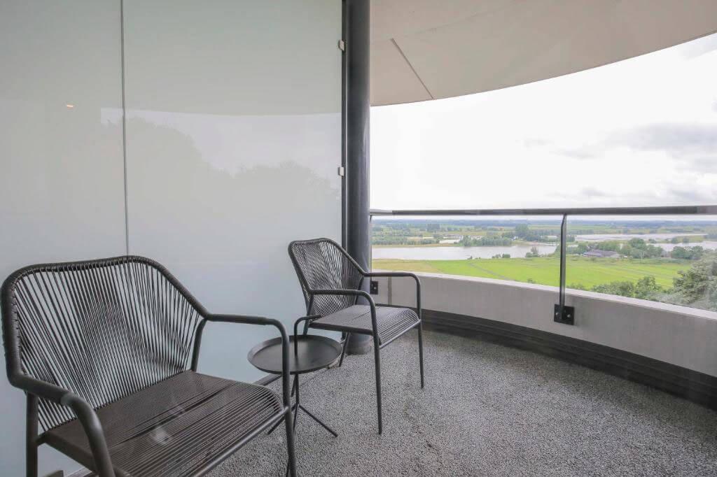 fletcher-de-wageningsche-berg-suite-met-jacuzzi-en-balkon