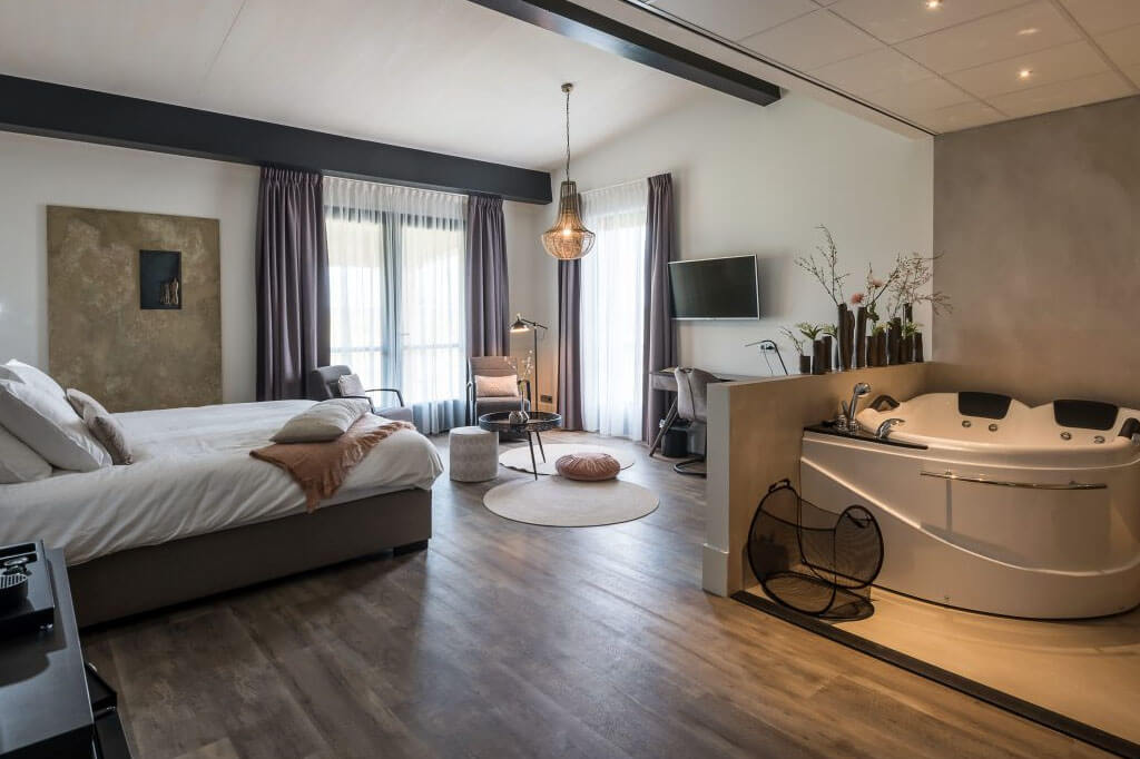 Fruitpark Hotel & Spa Bubbelbad Suite