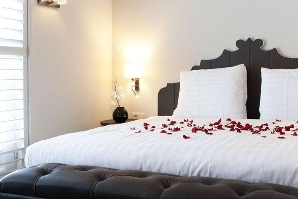 hotel-nautisch-kwartier-suite-met-bubbelbad-en-kingsize-bed
