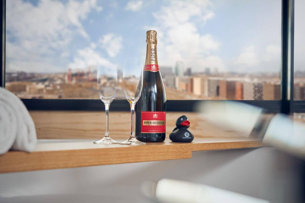 inntel-hotels-amsterdam-landmark-spa-kamer-champagne