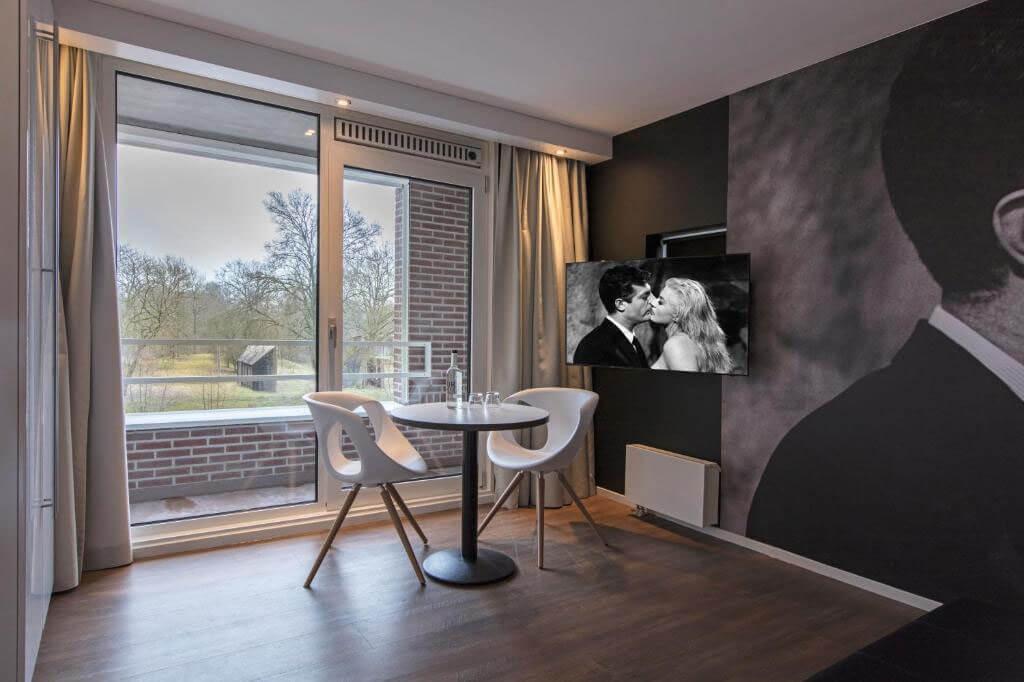 mitland-hotel-utrecht-romantische-suite-jacuzzi-3