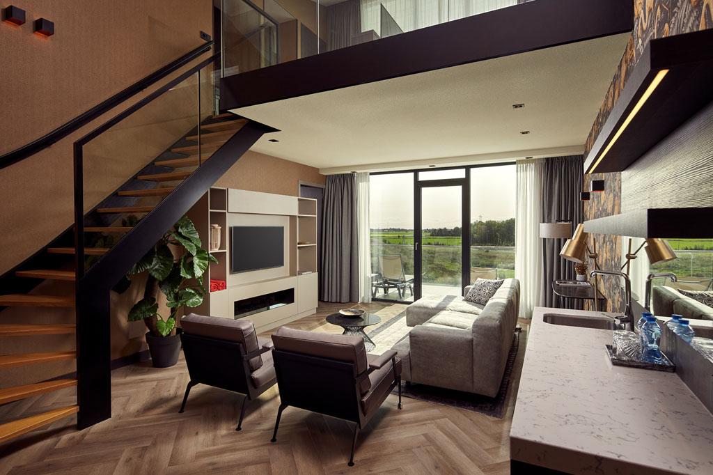 valk-leeuwarden-wellness-loft-suite-living
