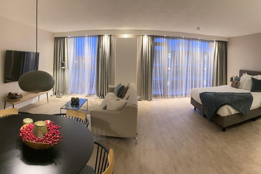 valk-sassenheim-leiden-north-suite-jacuzzi-gehele-kamer