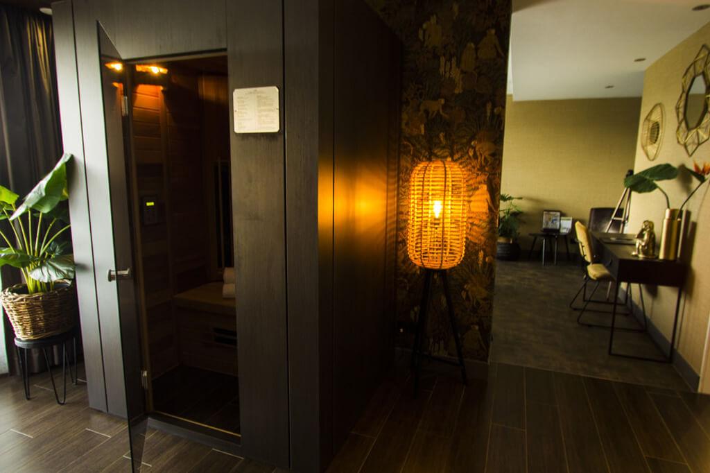van-der-valk-drachten-wellness-suite-met-jacuzzi-sauna-2