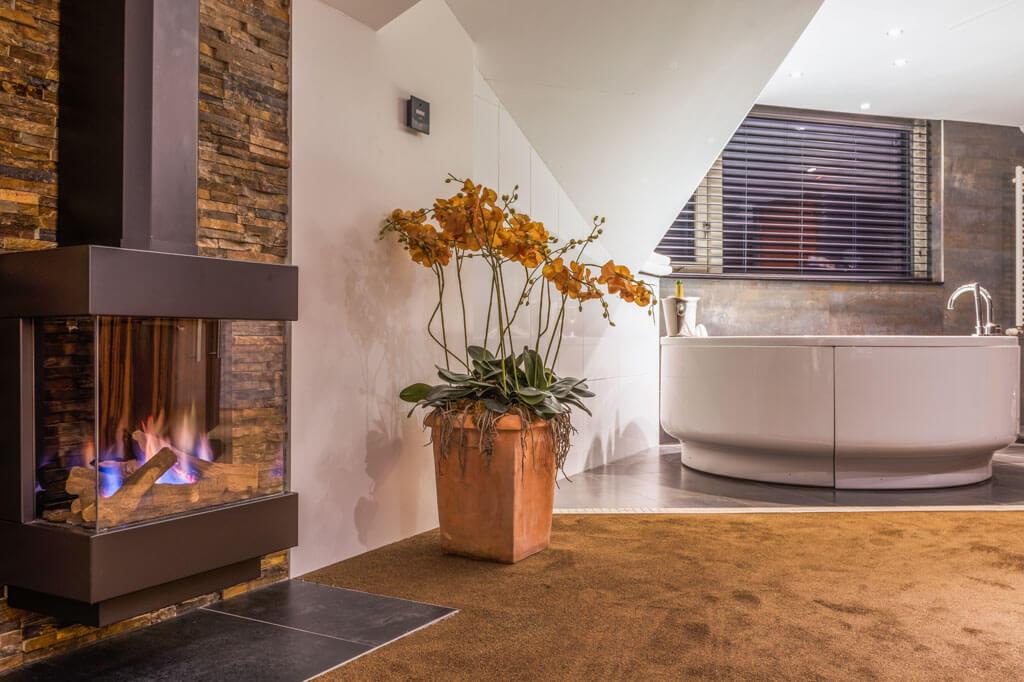 van-der-valk-emmen-luxe-suite-sfeerhaard